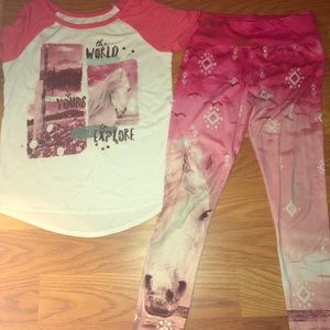 Justice outfit -Shirt/legging 14